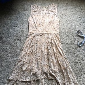 Muadress Champagne hi-low dress size Large